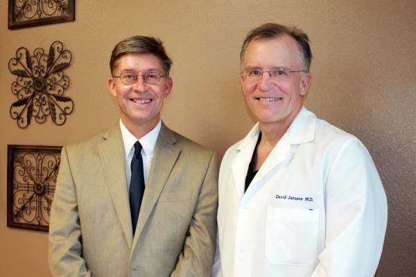 picture of Dr. Janssen and Dr. Doubek
